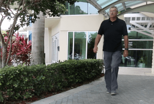 Total Knee Replacement Patient Post Surgery - South Florida Orthopaedics